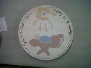 Christmas Plate w Hand Prints